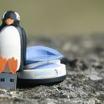 custom penguin shaped flash drive
