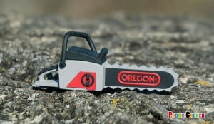 chainsaw custom flash drive by Promo Crunch